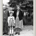 Meine Eltern und ich (wahrscheinlich 1952)